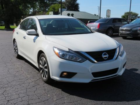 Pre-Owned 2018 Nissan Altima 2.5 SL Front Wheel Drive 4dr Car