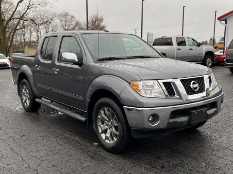 Pre-Owned 2019 Nissan Frontier Crew Cab 4x4 SL Auto Four Wheel Drive Crew Cab Pickup