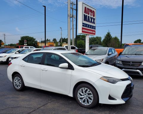 Pre-Owned 2018 Toyota Corolla Front Wheel Drive